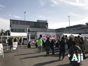 豊洲市場 Oishii 土曜マルシェ ステージでアイドル